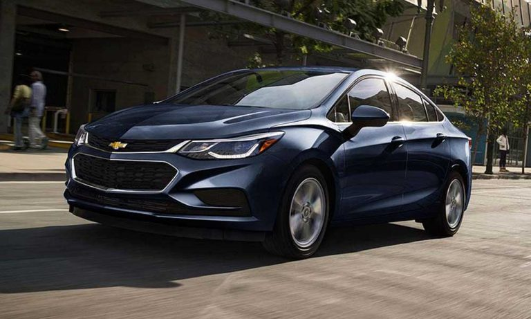 2017 Chevrolet Cruze Diesel hits new milestone with gas mileage