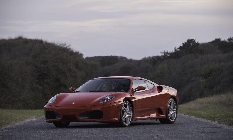 Trump's Ferrari sells for $270,000